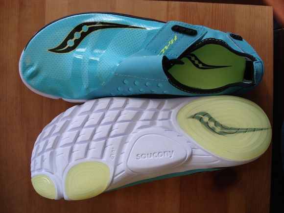 Saucony Hattori - Top and Bottom