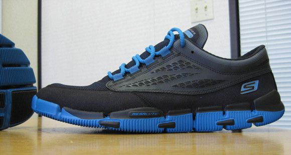 Skechers GObionic - Side View